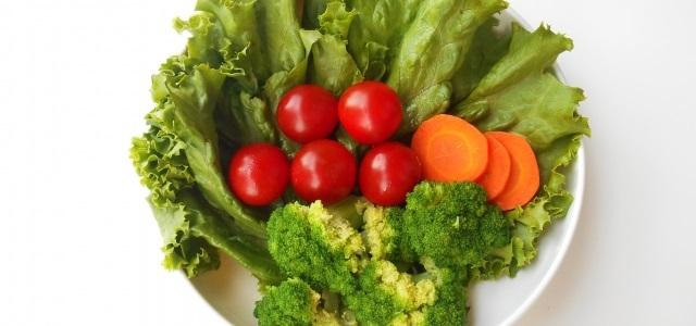 野菜から葉酸を摂取するときのメリットとデメリット